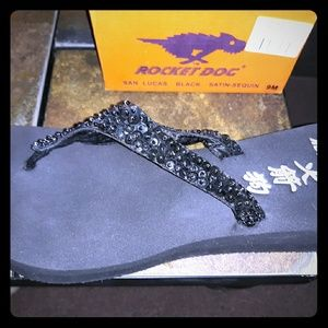 Brand new Rocket Dog Sequence Black Flip Flops